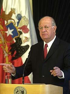 <hr><h2><u>CHILE: NUEVO CANCILLER Y VIEJA POLÍTICA</h2></u>